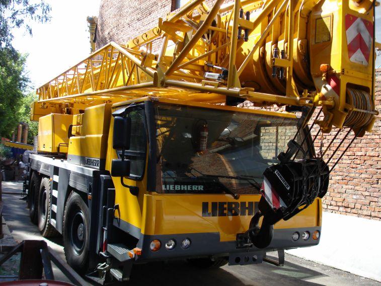 Liebherr LTM 1055 автокран 55 тонн